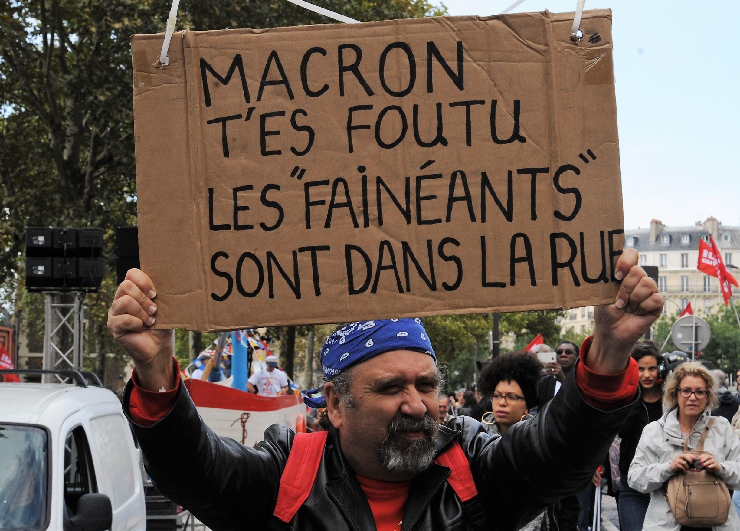 Qui est Emmanuel Macron ? - Page 19 31828