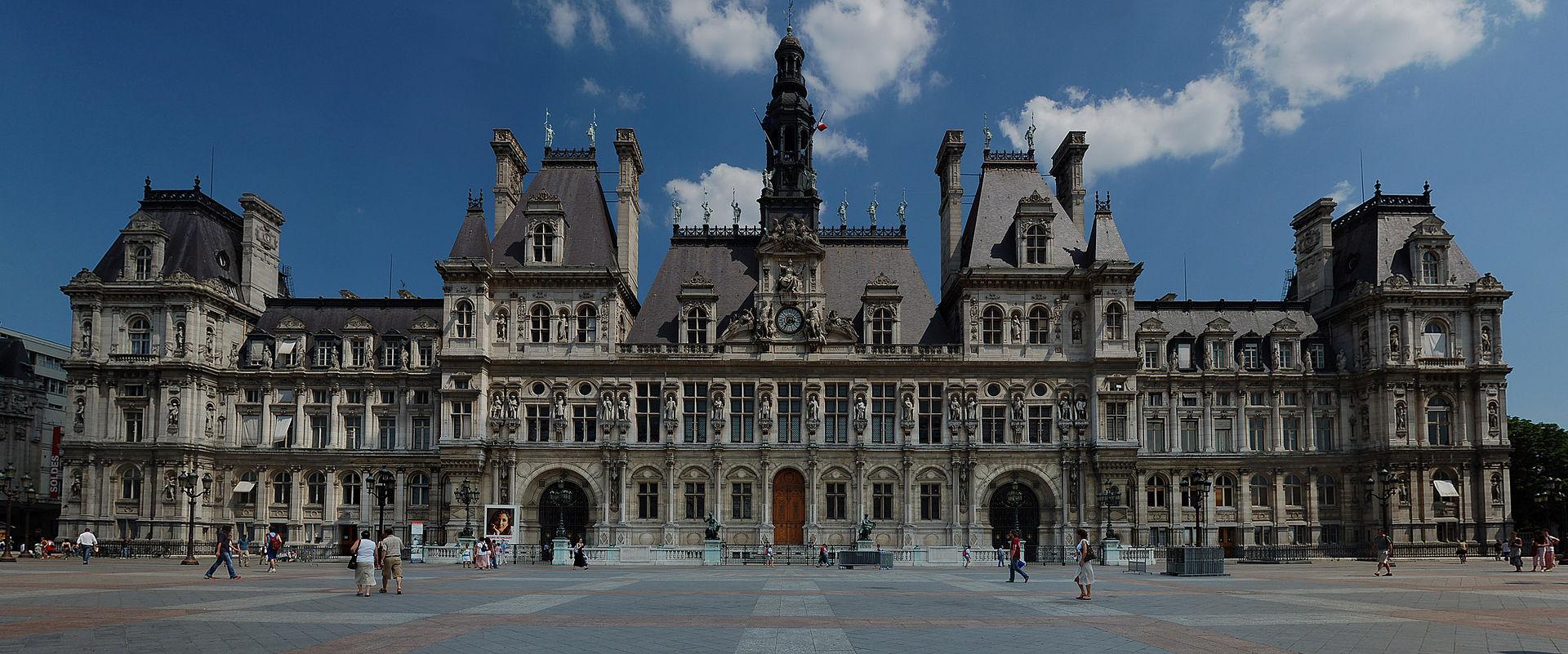 Mairie de paris les pratiques d un employeur voyou npa for Piscine publique paris
