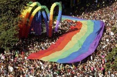 gay pride paris 2009.jpg